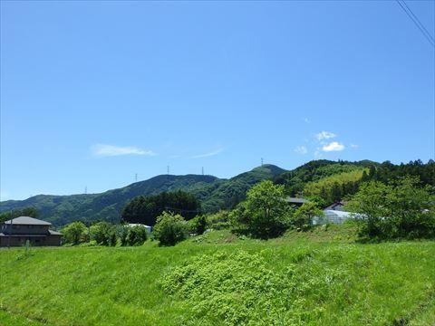 北へ向かって山道を走る_b0080681_18202938.jpg