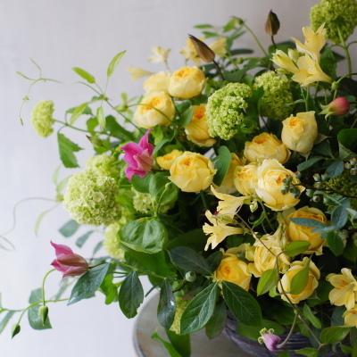 オークリーフ(黄色い薔薇をメインに)_f0049672_08304530.jpg