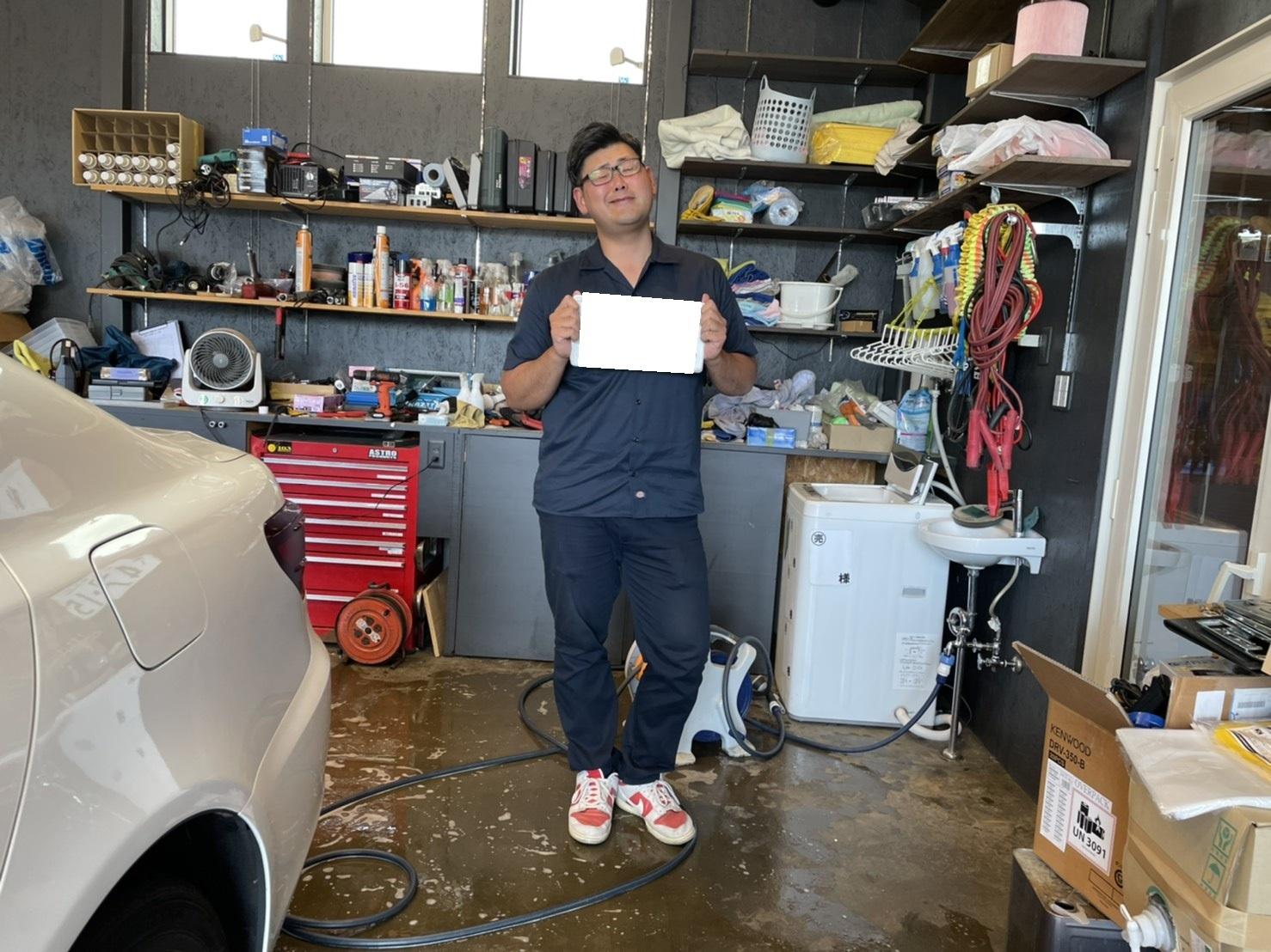 6月10日(木) 本店ブログ☆ メルセデス・ベンツ AMG C63あります‼ランクル ハマー エスカレード TOMMY☆_b0127002_16310057.jpg