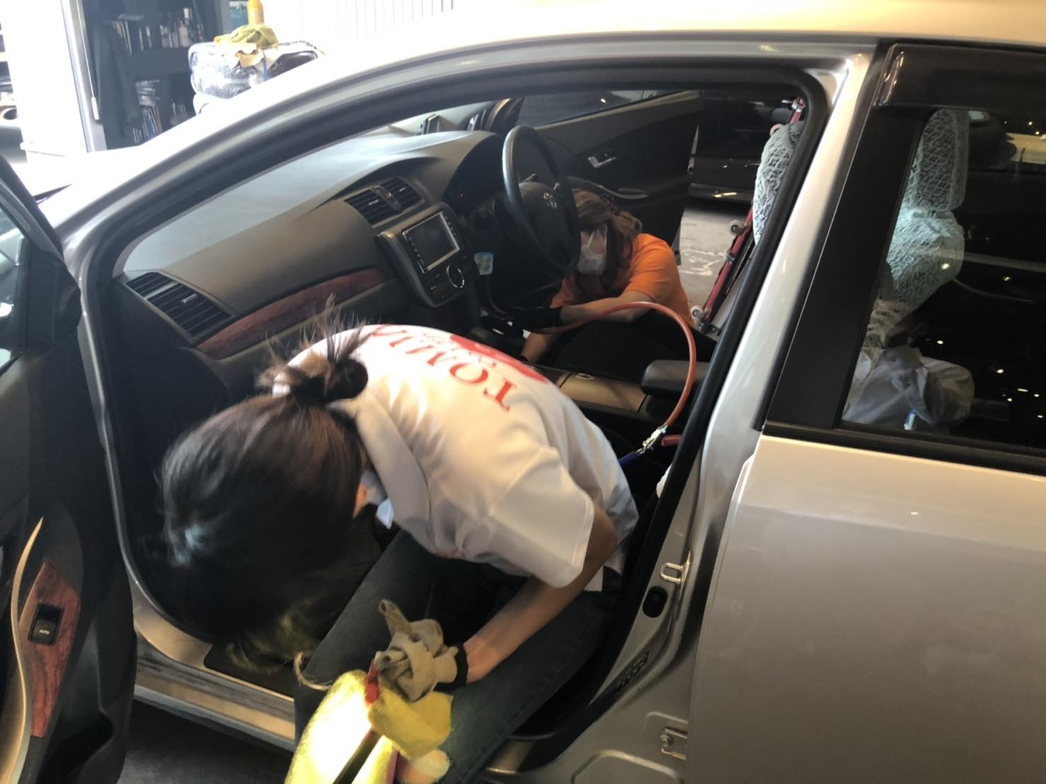 6月10日(木) 本店ブログ☆ メルセデス・ベンツ AMG C63あります‼ランクル ハマー エスカレード TOMMY☆_b0127002_16325620.jpg