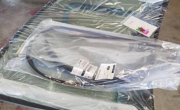 MCCスマート 450K フロントガラスに飛び石/MC012お車検_d0345614_21282450.jpg