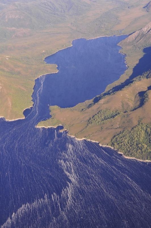 1日に四季がある島 タスマニア_f0050534_16395391.jpg