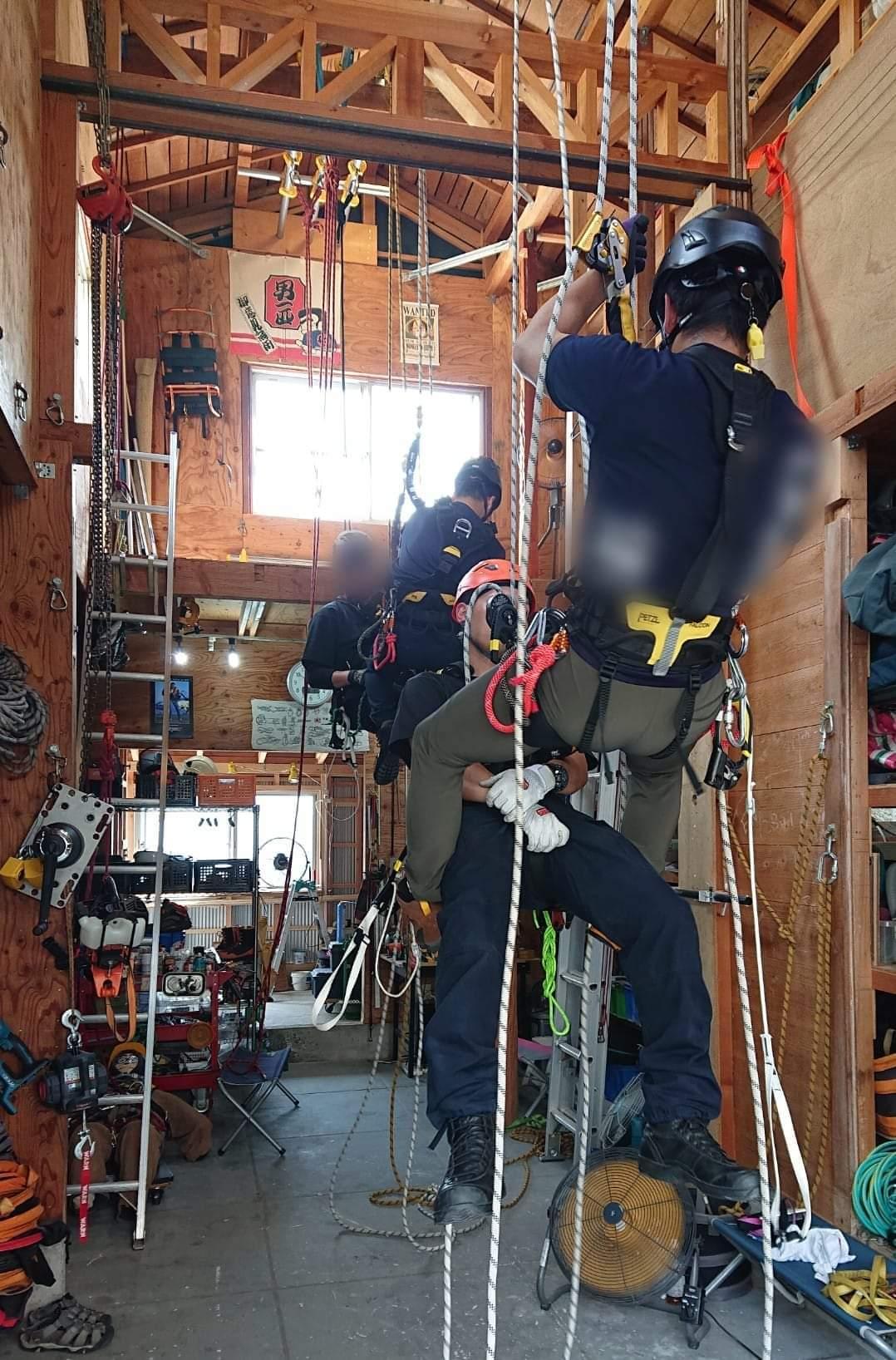 ロープアクセストレーニング_b0001143_20373623.jpg