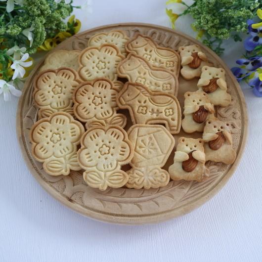 6月のレッスンはクッキー缶♡_d0210450_18584045.jpg