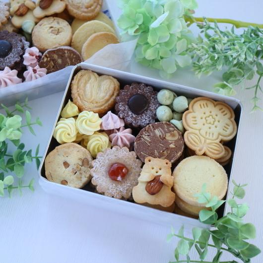 6月のレッスンはクッキー缶♡_d0210450_18584989.jpg