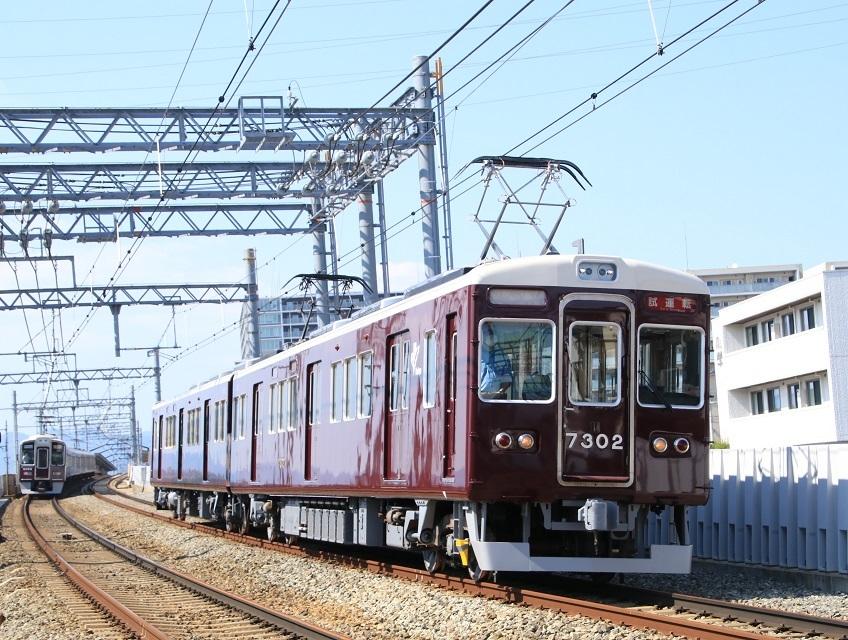 阪急7300系 7302F 定期検査明け試運転・・_d0202264_04134205.jpg