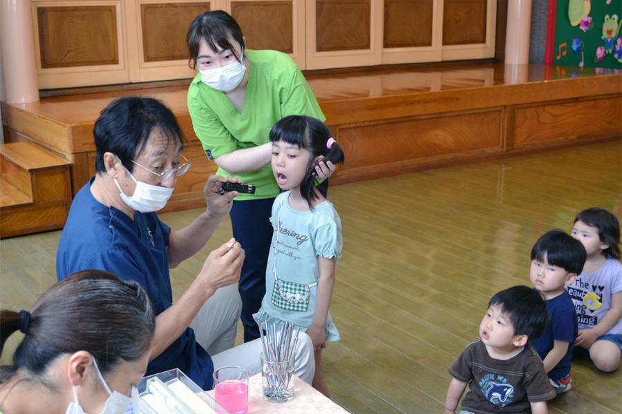 今日は、歯科検診の日でした。_d0353789_15275412.jpg