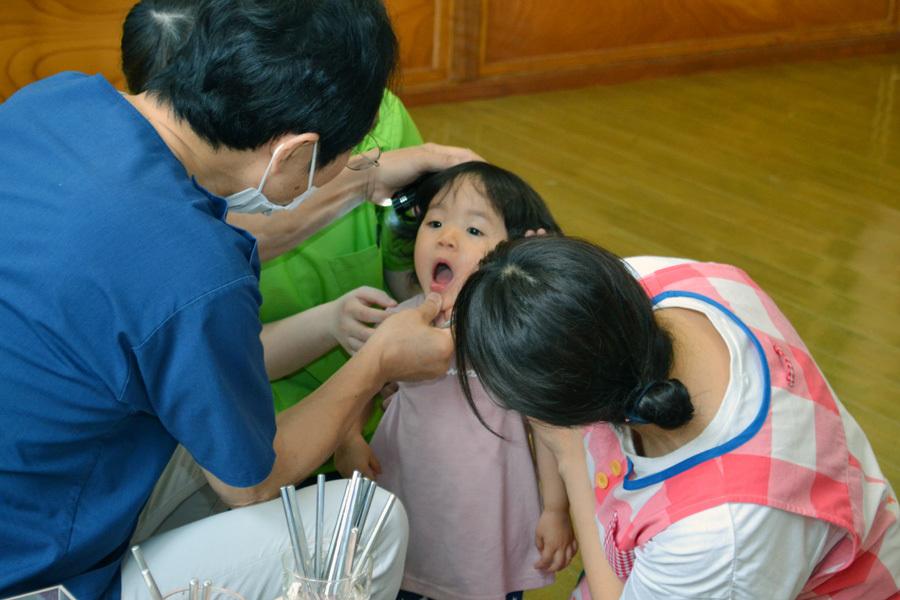 今日は、歯科検診の日でした。_d0353789_15280088.jpg