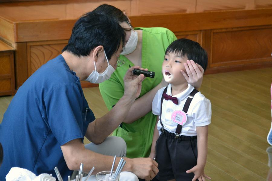 今日は、歯科検診の日でした。_d0353789_15280604.jpg