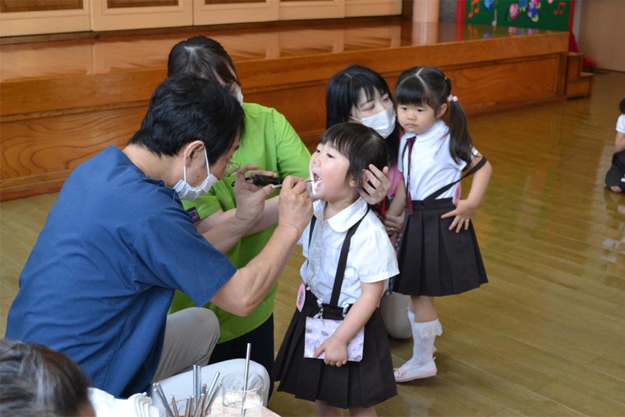 今日は、歯科検診の日でした。_d0353789_15281152.jpg