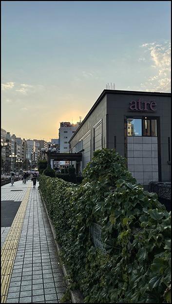 真夏日の夕陽をあびながら少し歩きました_a0031363_00540083.jpg