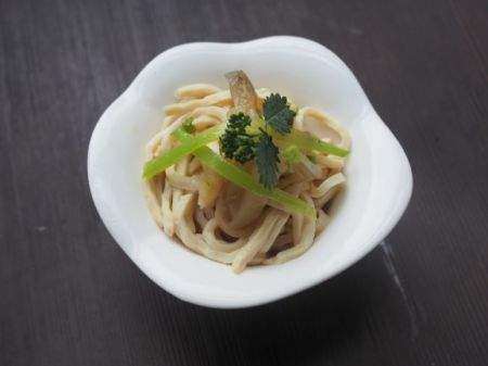 干し豆腐と搾菜の和え物_e0148373_23374395.jpg
