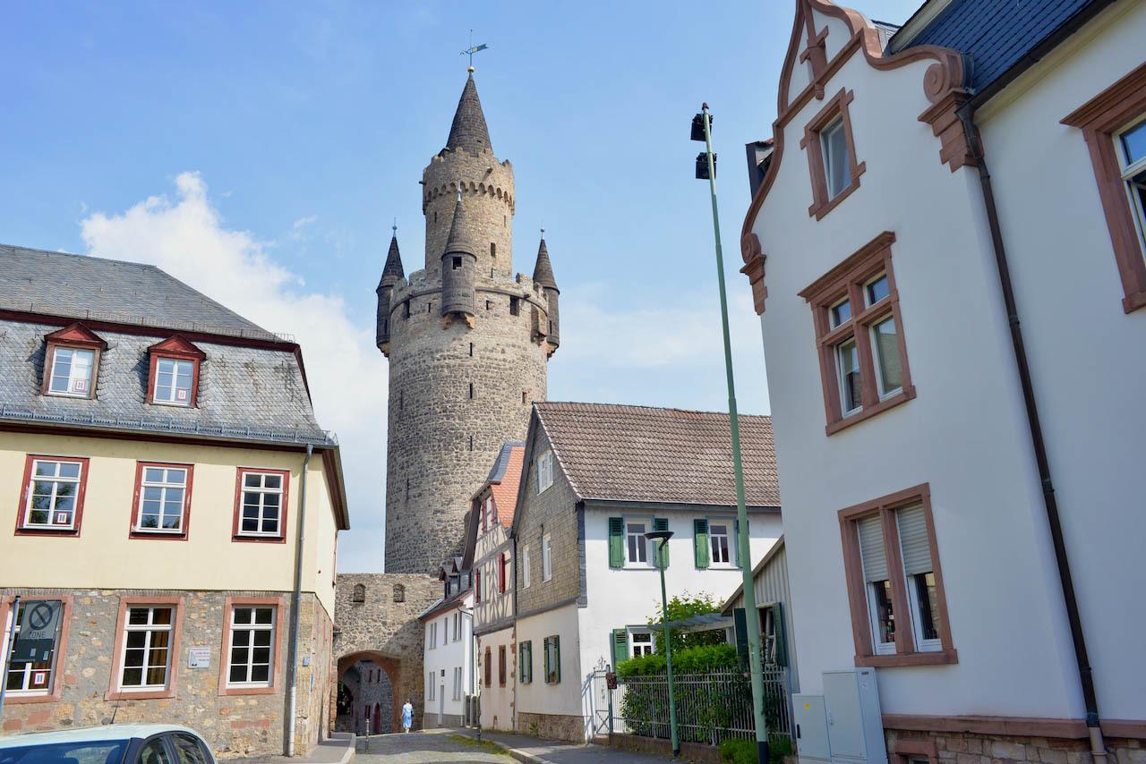 Friedberg の街で見かけた文字(2)おもしろい数字がたくさん_e0175918_00050462.jpeg