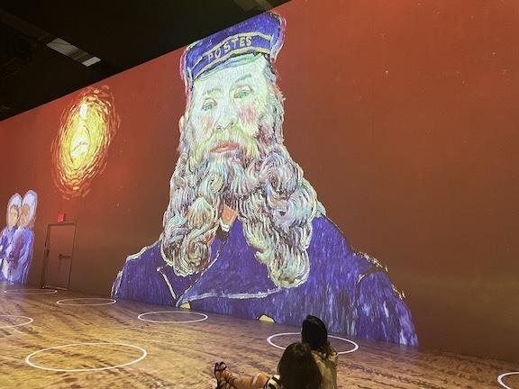 ゴッホのデジタル展に没入、包帯を巻いて巨匠になりきってみた!_c0050387_14465829.jpg