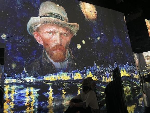 ゴッホのデジタル展に没入、包帯を巻いて巨匠になりきってみた!_c0050387_14495682.jpg