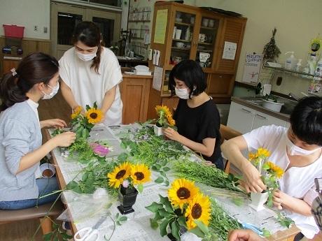 癒しの花時間 ~生花を使ったフラワーアレンジメント~_e0219012_14552911.jpg