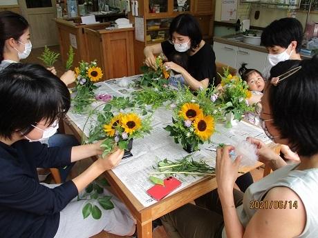 癒しの花時間 ~生花を使ったフラワーアレンジメント~_e0219012_14554513.jpg