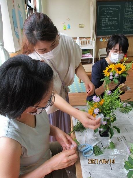 癒しの花時間 ~生花を使ったフラワーアレンジメント~_e0219012_14555485.jpg