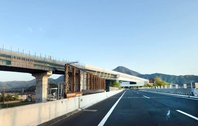 上越市から糸魚川市を過ぎて富山県に入るあたり......_b0194185_16442967.jpg