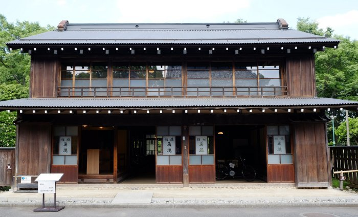 江戸東京たてもの園が再開した。(13)_e0129750_01040801.jpg