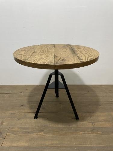 CIRCLE TABLE_c0146581_10510794.jpg