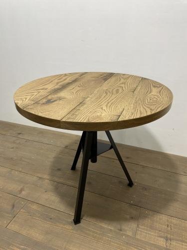 CIRCLE TABLE_c0146581_10512652.jpg