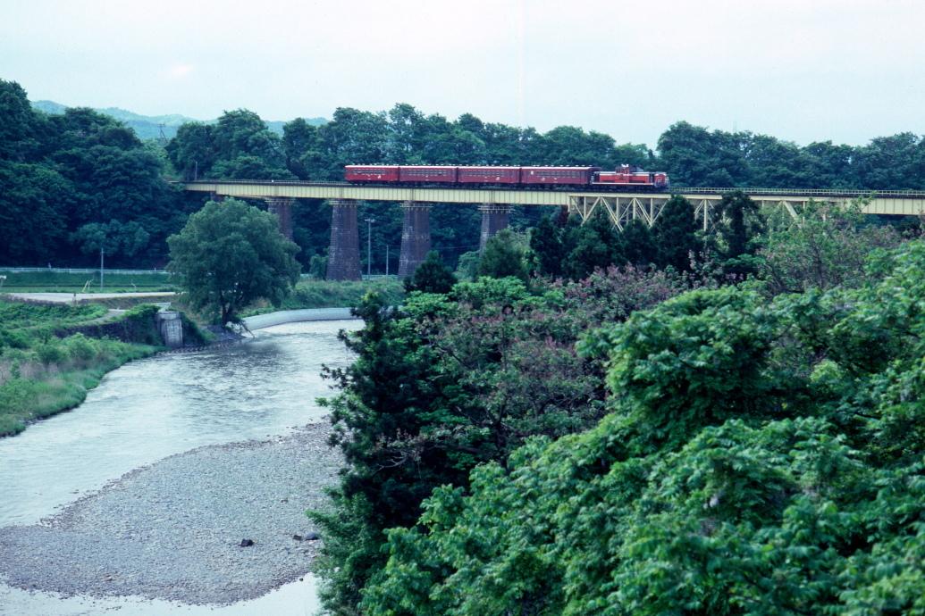 29年前も会津盆地は緑だった - 磐越西線・1992年 -_b0190710_20092453.jpg