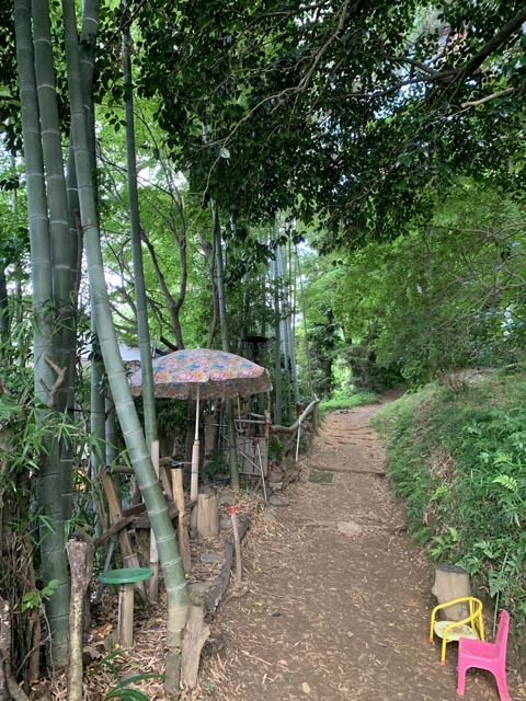 高幡不動尊境内散策コースから、かたらいの路多摩丘陵コースへ。_e0133780_21345922.jpg