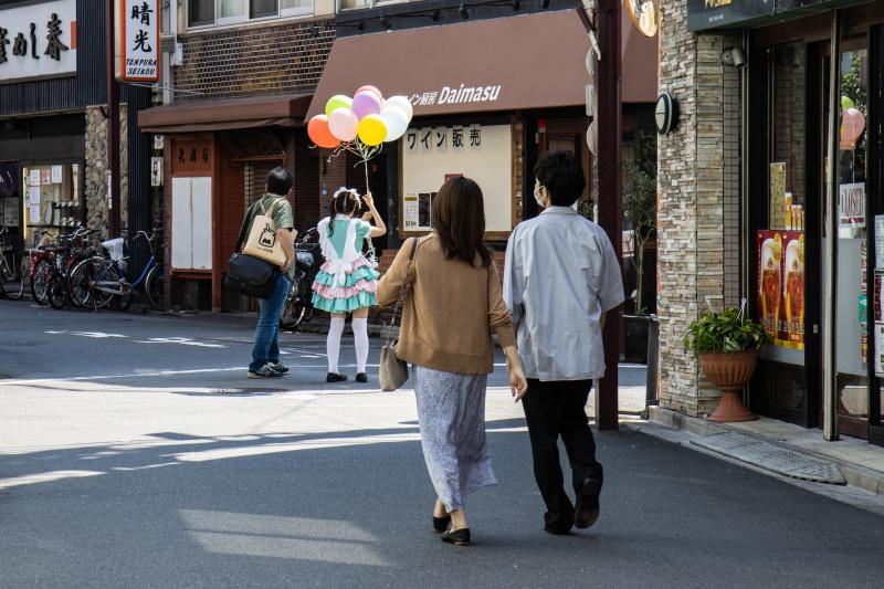 Balloon  ・・・浅草裏通り・・・_e0413469_06233144.jpg