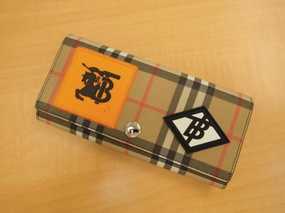 バーバリーのお財布♪_b0252951_16375797.jpg