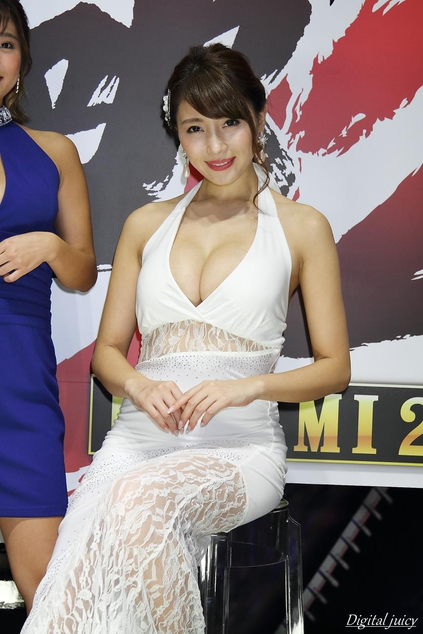 森咲智美 さん(セガゲームス「龍が如く 極2」ブース)・・・ パート2_c0216181_00095571.jpg