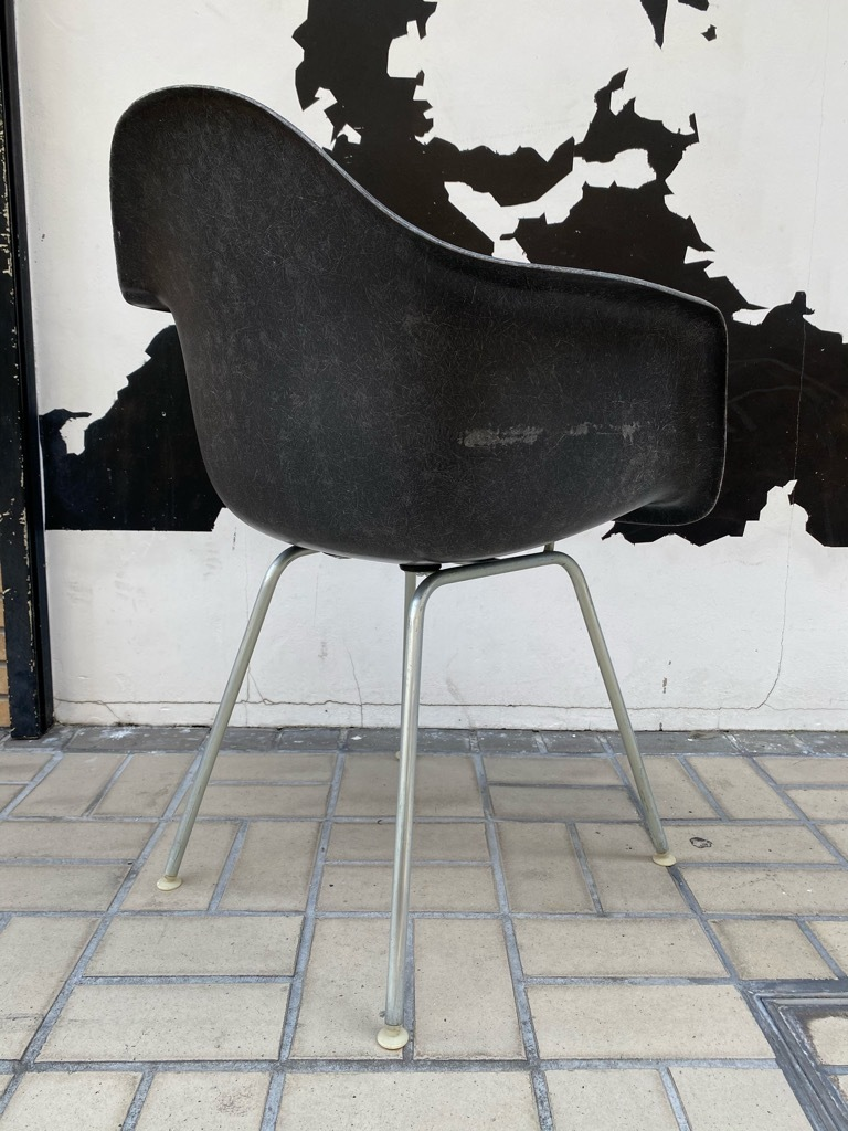 6月26日(土)マグネッツ大阪店ヴィンテージ家具入荷日!! #1 HermanMiller Eames編!! ArmShellChair,SideShellChair!!_c0078587_17004532.jpg