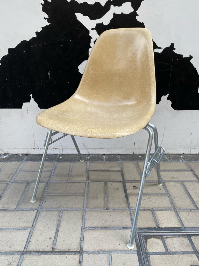 6月26日(土)マグネッツ大阪店ヴィンテージ家具入荷日!! #1 HermanMiller Eames編!! ArmShellChair,SideShellChair!!_c0078587_17111966.jpg