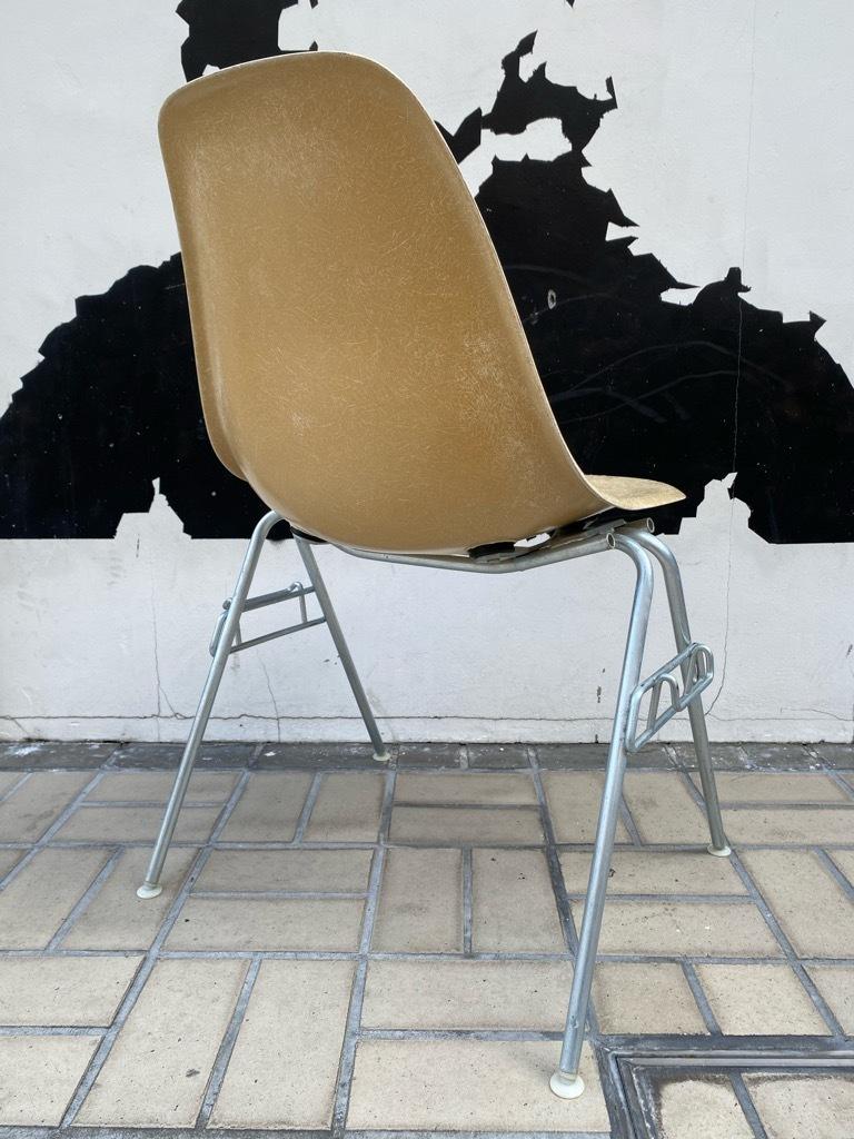 6月26日(土)マグネッツ大阪店ヴィンテージ家具入荷日!! #1 HermanMiller Eames編!! ArmShellChair,SideShellChair!!_c0078587_17112243.jpg