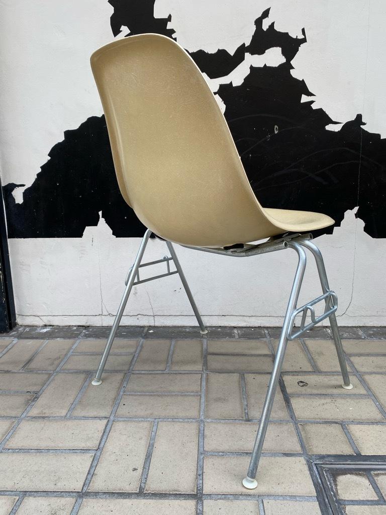 6月26日(土)マグネッツ大阪店ヴィンテージ家具入荷日!! #1 HermanMiller Eames編!! ArmShellChair,SideShellChair!!_c0078587_17125687.jpg