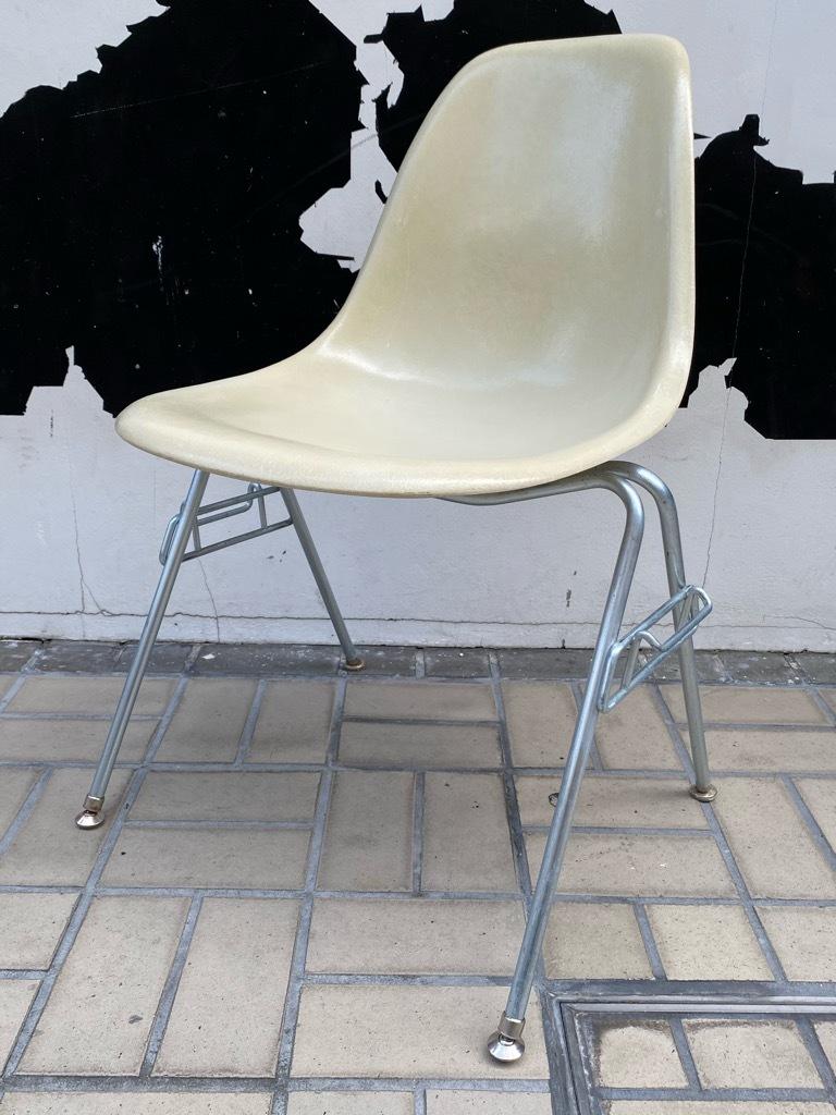 6月26日(土)マグネッツ大阪店ヴィンテージ家具入荷日!! #1 HermanMiller Eames編!! ArmShellChair,SideShellChair!!_c0078587_17154787.jpg