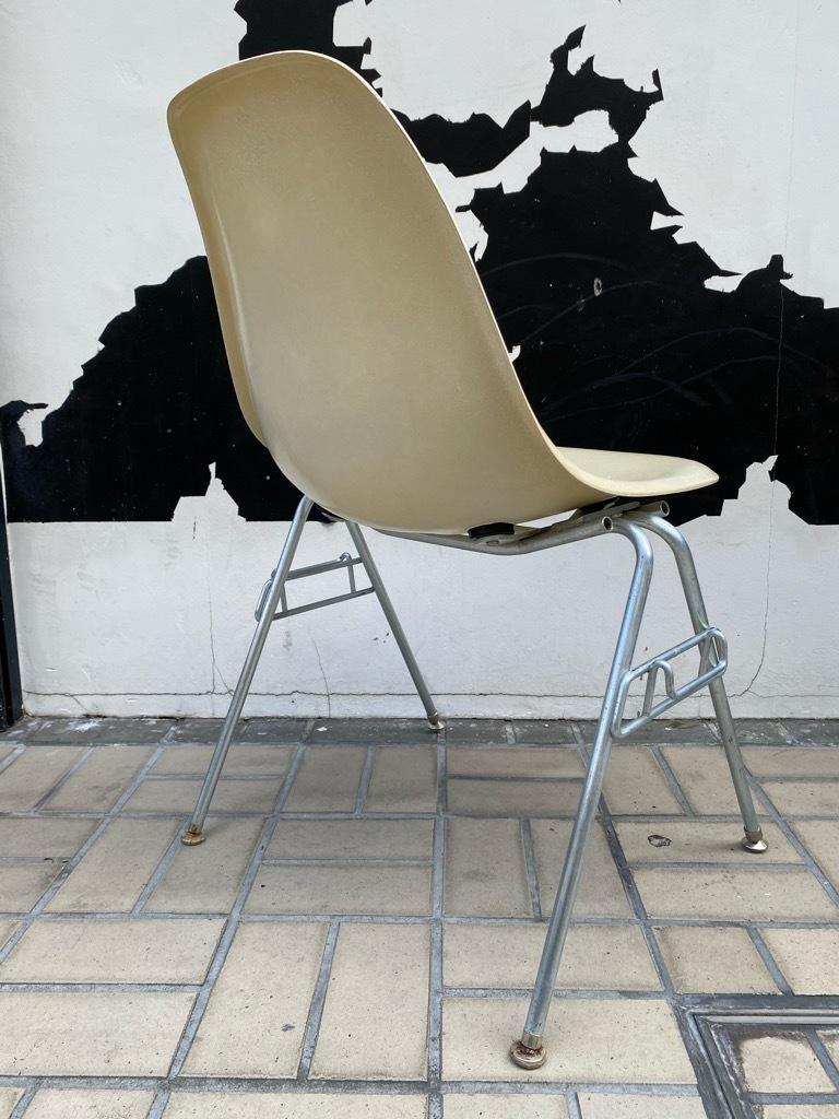 6月26日(土)マグネッツ大阪店ヴィンテージ家具入荷日!! #1 HermanMiller Eames編!! ArmShellChair,SideShellChair!!_c0078587_17155124.jpg