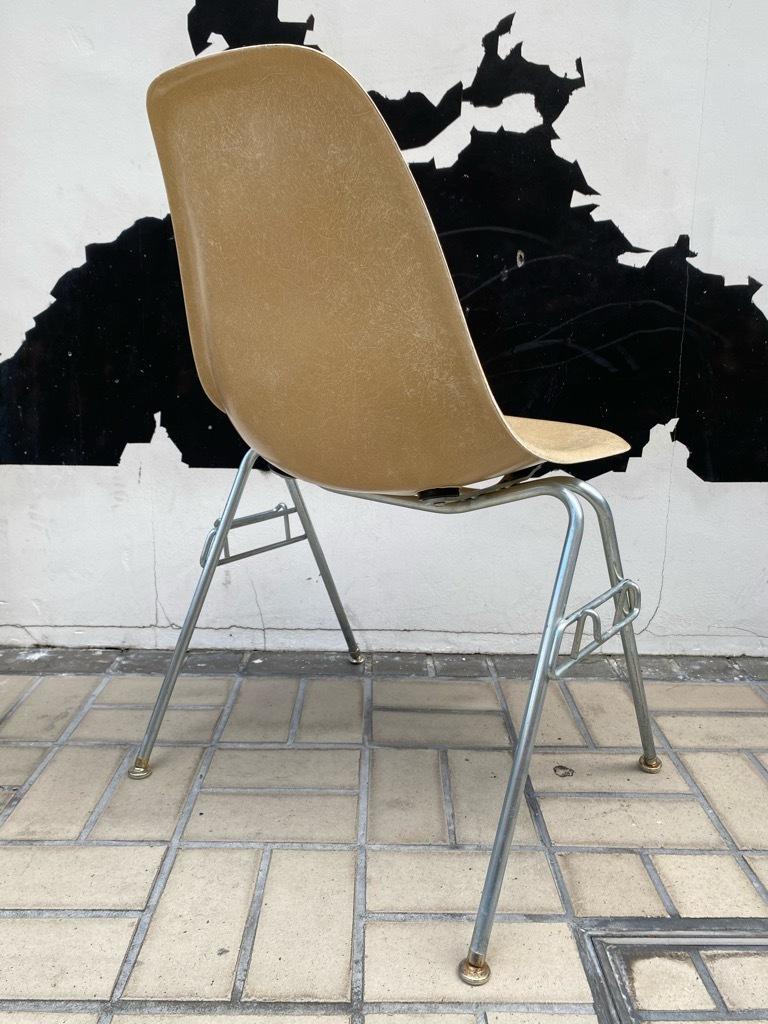 6月26日(土)マグネッツ大阪店ヴィンテージ家具入荷日!! #1 HermanMiller Eames編!! ArmShellChair,SideShellChair!!_c0078587_17161342.jpg