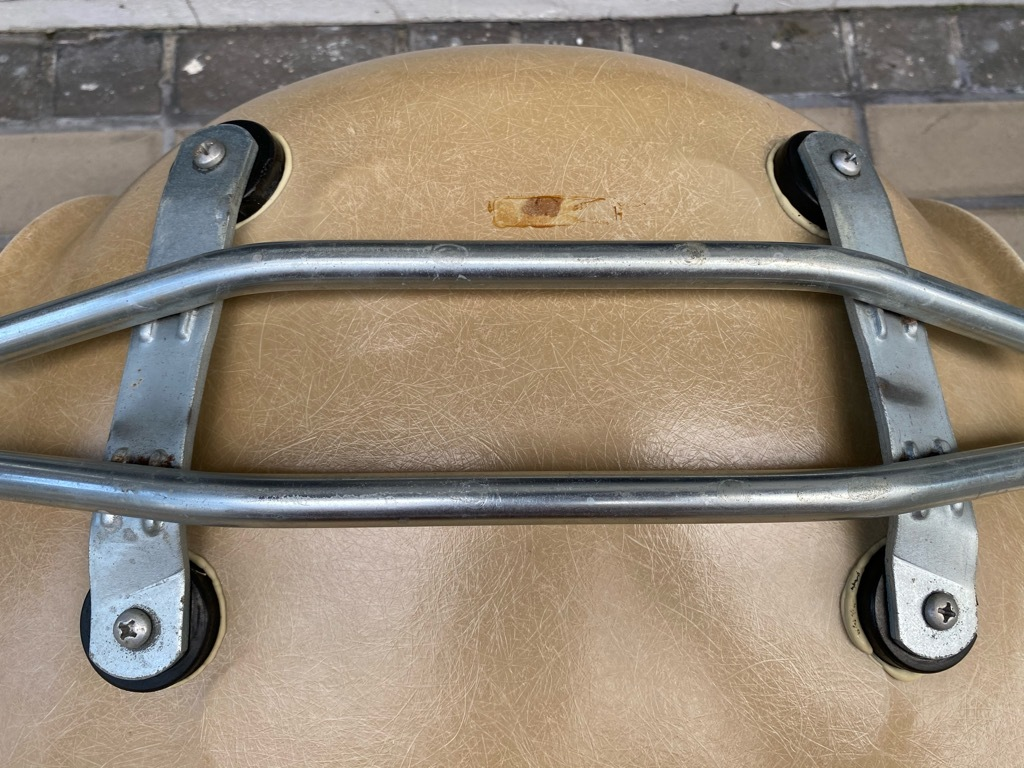 6月26日(土)マグネッツ大阪店ヴィンテージ家具入荷日!! #1 HermanMiller Eames編!! ArmShellChair,SideShellChair!!_c0078587_17161638.jpg