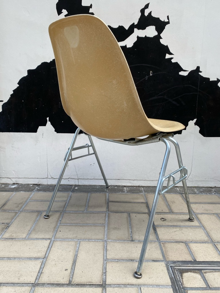 6月26日(土)マグネッツ大阪店ヴィンテージ家具入荷日!! #1 HermanMiller Eames編!! ArmShellChair,SideShellChair!!_c0078587_17172050.jpg