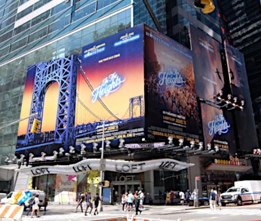 タイムズ・スクエアで見かけた映画版『イン・ザ・ハイツ』の巨大看板_b0007805_23192024.jpg