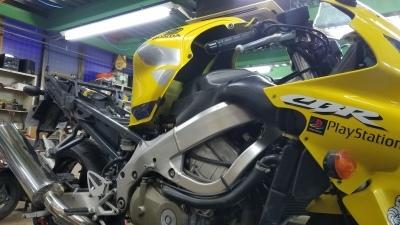 CBR600F4i エンジン不動修理 その1_e0114857_14345824.jpg