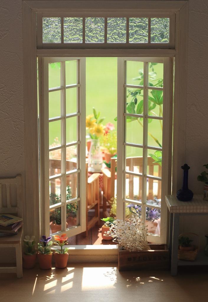 窓_a0293852_10414385.jpg