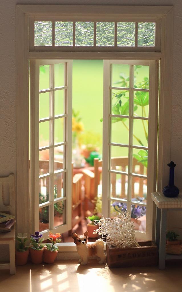 窓_a0293852_10531630.jpg