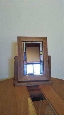 角度が変えれる鏡用の台_d0165772_21002921.jpg