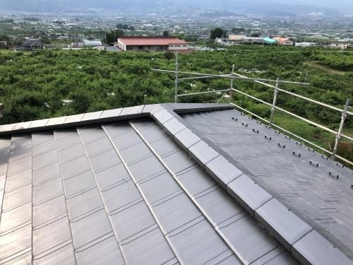 笛吹市 銀黒の屋根 その⑦_b0242734_22110208.jpeg