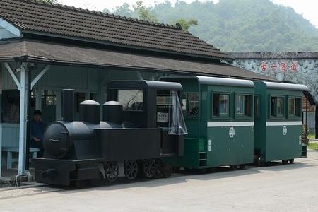 羅東森林鉄道_e0030537_15581835.jpg