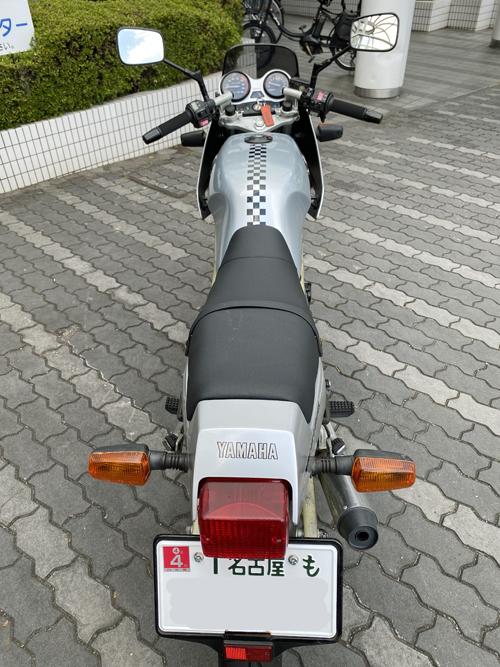 SRX250F 2 タンク塗装 シート張り替え_a0339187_22185803.jpg
