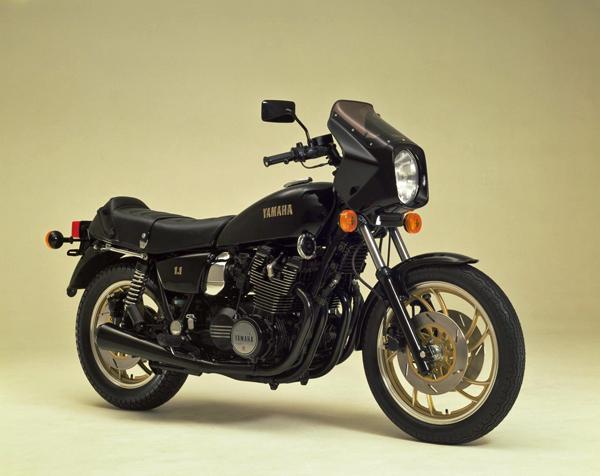 ヤマハ XS1100の系譜 & ミッドナイトスペシャルシリーズ_a0339187_08101244.jpg
