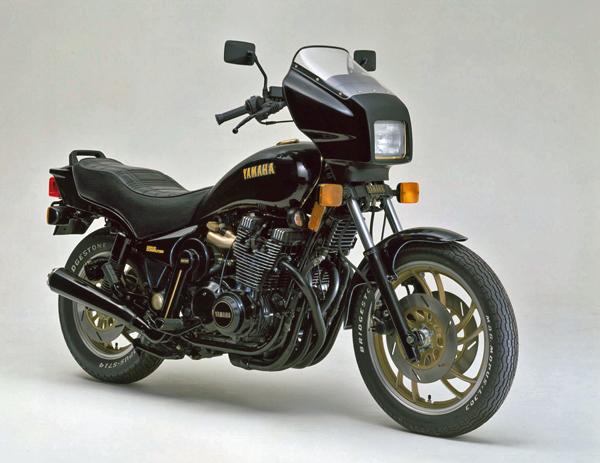 ヤマハ XS1100の系譜 & ミッドナイトスペシャルシリーズ_a0339187_08180019.jpg